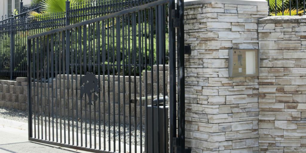 Iron gate for driveway