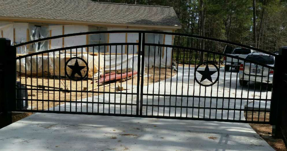 Driveway Gate In Spring Tx Sentry Garage Door Amp Gates